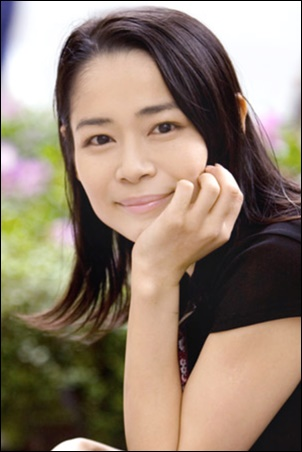 舞台女優・三坂知絵子